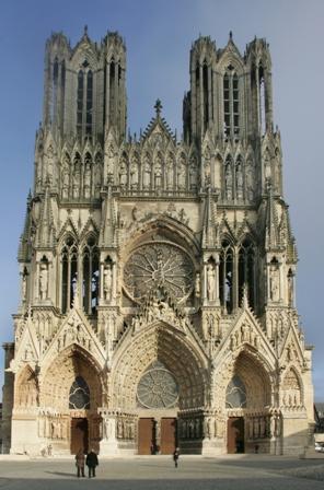 L art gothique xiie xve histoires de l 39 oeil for L architecture gothique